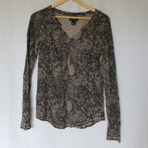 Lucky brand animal print thermal henley top size M